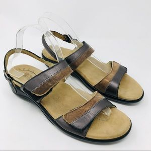 SAS Nudu Bronze Metallic Sandals Shoes 9.5 Narrow